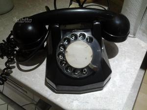 Telefono in bachelite vintage anni 60