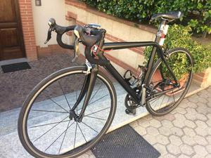Bici Zheroquadro full carbon,ruote Fulcrum 3,Garmin 500