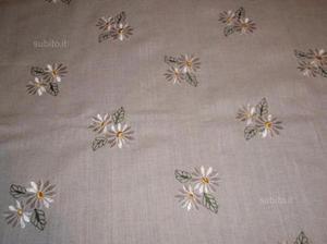 2 lenzuoli ricamati a mano in lino e cotone posot class - Copriletto lino ...