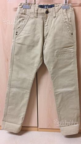 Pantaloni ragazzo. Altezza 140 cm