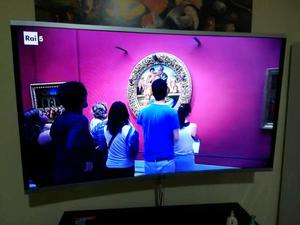 Smart TV Android AKAI CTV431T 43 pollici FULL HD display