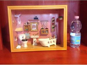 Miniatura bagno in ceramica