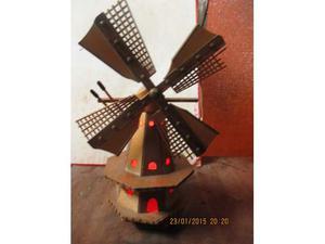 Mulino a vento illuminato - artigianato del TRENTINO anni 60