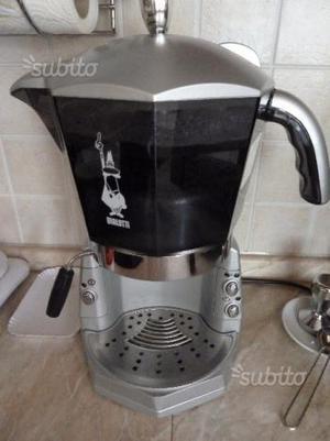 Macchina caffè mokona bialetti