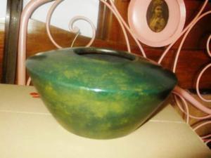 Antico vaso in terracotta
