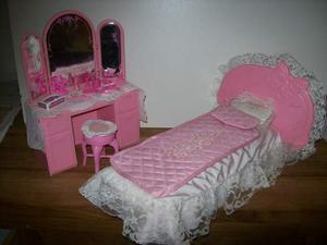 Barbie living camere letto cucina anni 80 posot class - Letto barbie prezzo ...