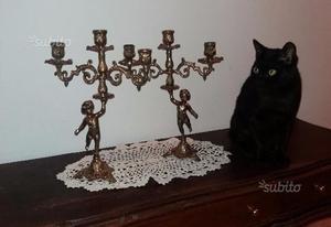 Coppia di candelabri in ottone