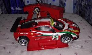 Ferrari 458 Italia Gt2 con motore a scoppio