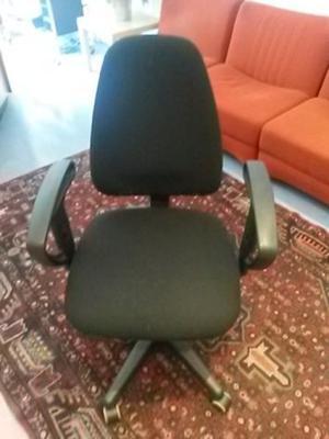 Regalo sedie da ufficio con braccioli