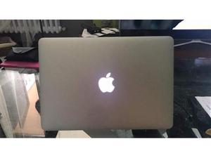 Macbook air  gb nuovo mai usato solo acceso