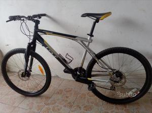 Mtb crosscountry Gt outpost freni a disco,