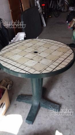 Tavolo rotondo da giardino nuovo mai usato posot class - Tavolo da giardino usato ...