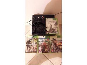 Xbox360 con 500gb + caricabatterie+ 1 controller+ 4 giochi