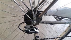 """Bicicletta da donna 28""""pollici"""