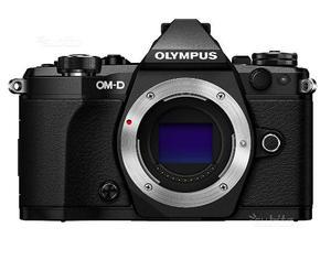 Olympus OM-D E-M5 Mark II + Obiettivi