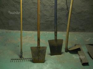 Vangatrice 6 vanghe tortella posot class for Attrezzi da giardino usati
