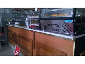 Bancone bar completo di pedana e retrobanco posot class for Usato bancone bar