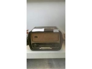 Radio a valvole vintage giradischi non funzionate