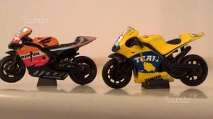 2 modellini moto gp Honda / Yamaha