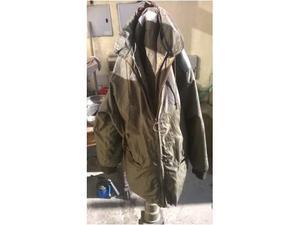 Abbigliamento e accessori militari