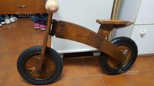 Bici in legno senza pedali