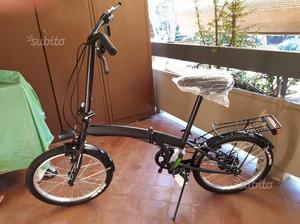 Due bici pieghevoli nuove sei marce
