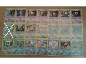 Pokémon 35 Carte comuni. non comuni e una Holo NEO
