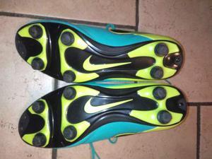 Scarpe da calcio Nike n. 42...quasi nuove