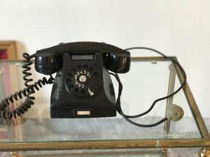 Telefono in bachelite