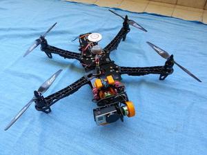 DRONE quadricottero TBS Discovery