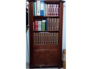 Libreria in legno arte povera