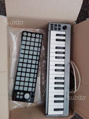 Minipad digitale e tastiera digitale midi