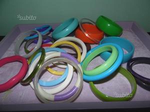 Bracciali rigidi colorati