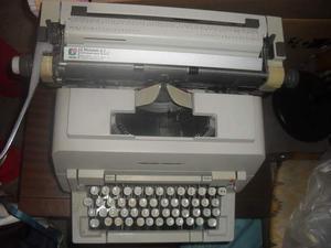 Macchina da scrivere Olivetti LINEA 98 Vintage anni