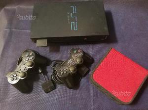 PlayStation 2 + 2 joystick + vari giochi