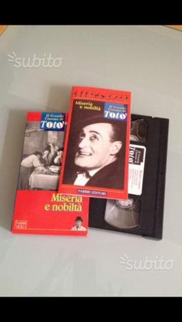 Collezione completa film TotÒ VHS. 93 film