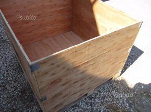 Cubi con ante contenitori posot class for Cubi in legno arredamento