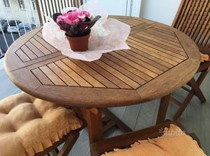Tavolo rotondo allungabile e 4 sedie in legno