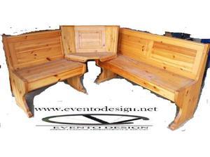 Mobile in legno massello di pino