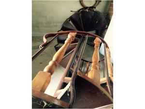 Scala a chiocciola in legno e ferro