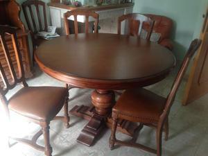 Tavolo pranzo e sedie