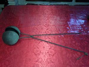 Tosta caffè in ferro battuto a forma sferica anni '30
