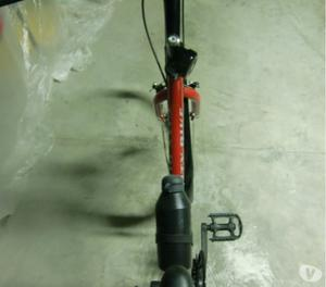 Bicicletta da donna City Bike Nevada rossa da 26