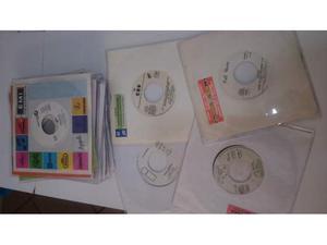 Lotto di 23 dischi in vinile 45 giri per Juke Box