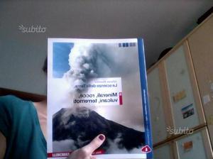 """Libro scolastico di scienze """" Minerali,rocce"""