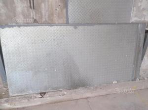 Baracca container in lamiera zincata padova posot class for Baracca da cantiere usata