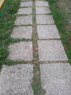 Piastrelloni da esterno usati posot class - Piastrelle da giardino ...