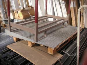 Rampa di ferro per disabili