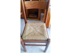 Sedia in legno con seduta in paglia