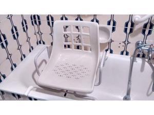 Sedile girevole per vasca da bagno